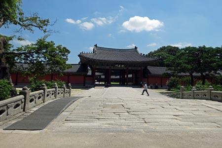 昌徳宮にある韓国最古の橋「錦川橋」