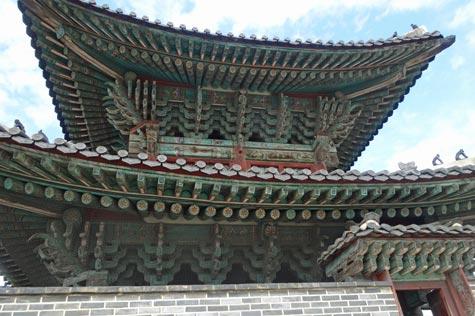 長安門の屋根細工