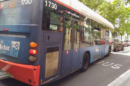 バルセロナの市内バス
