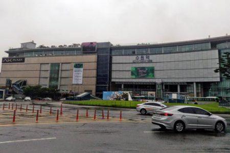 水原駅前ロータリー