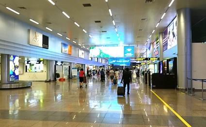 ダナン空港国内線ターミナル到着ロビー